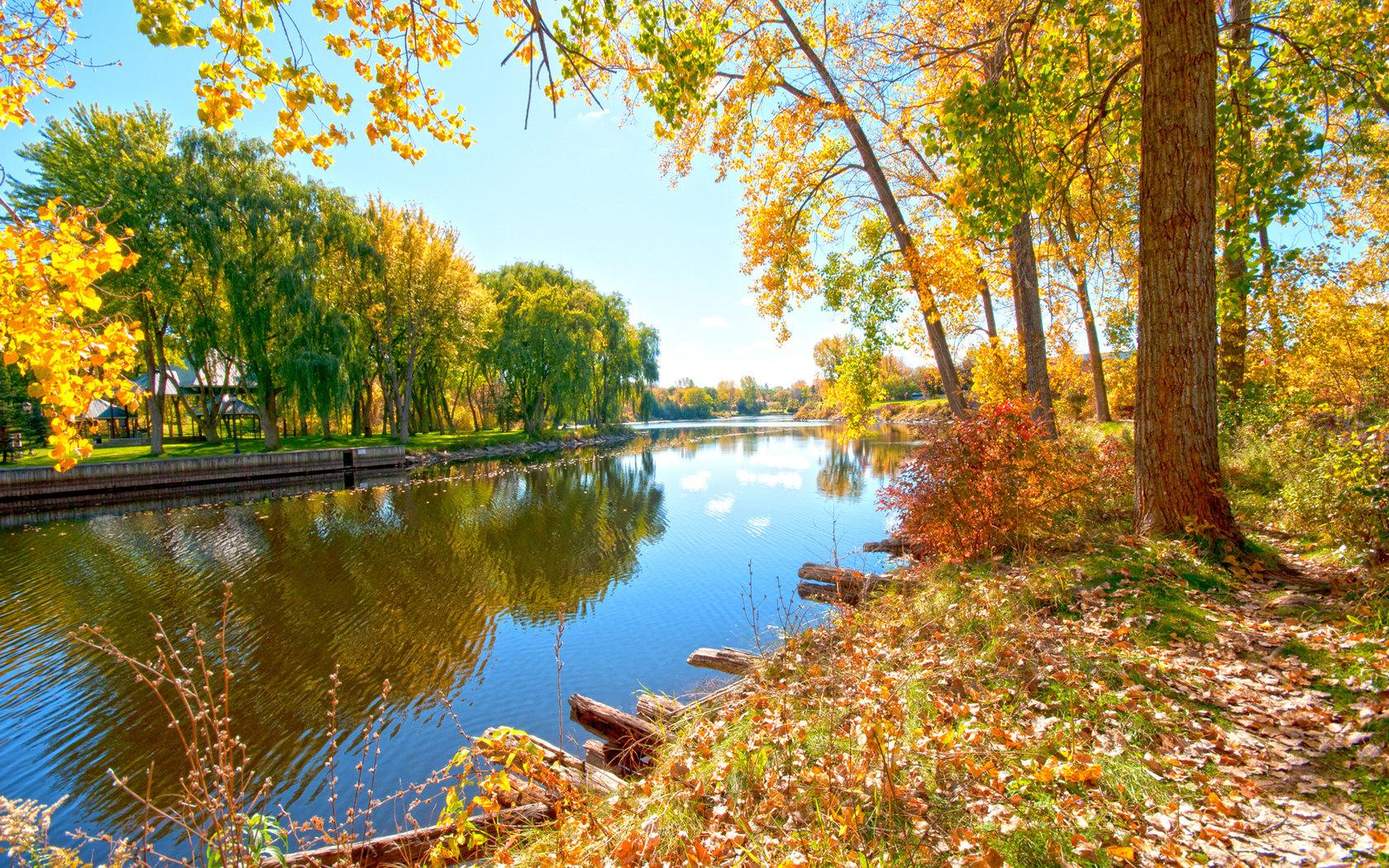 Картинка река в осеннюю пору года обои