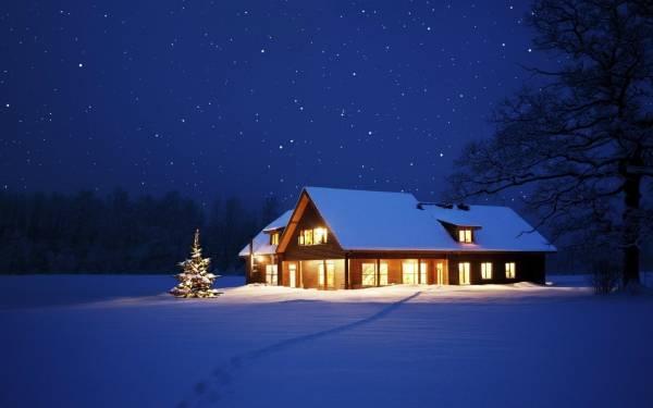 Картинка новогодняя елка и зимний домик в лесу обои на ...